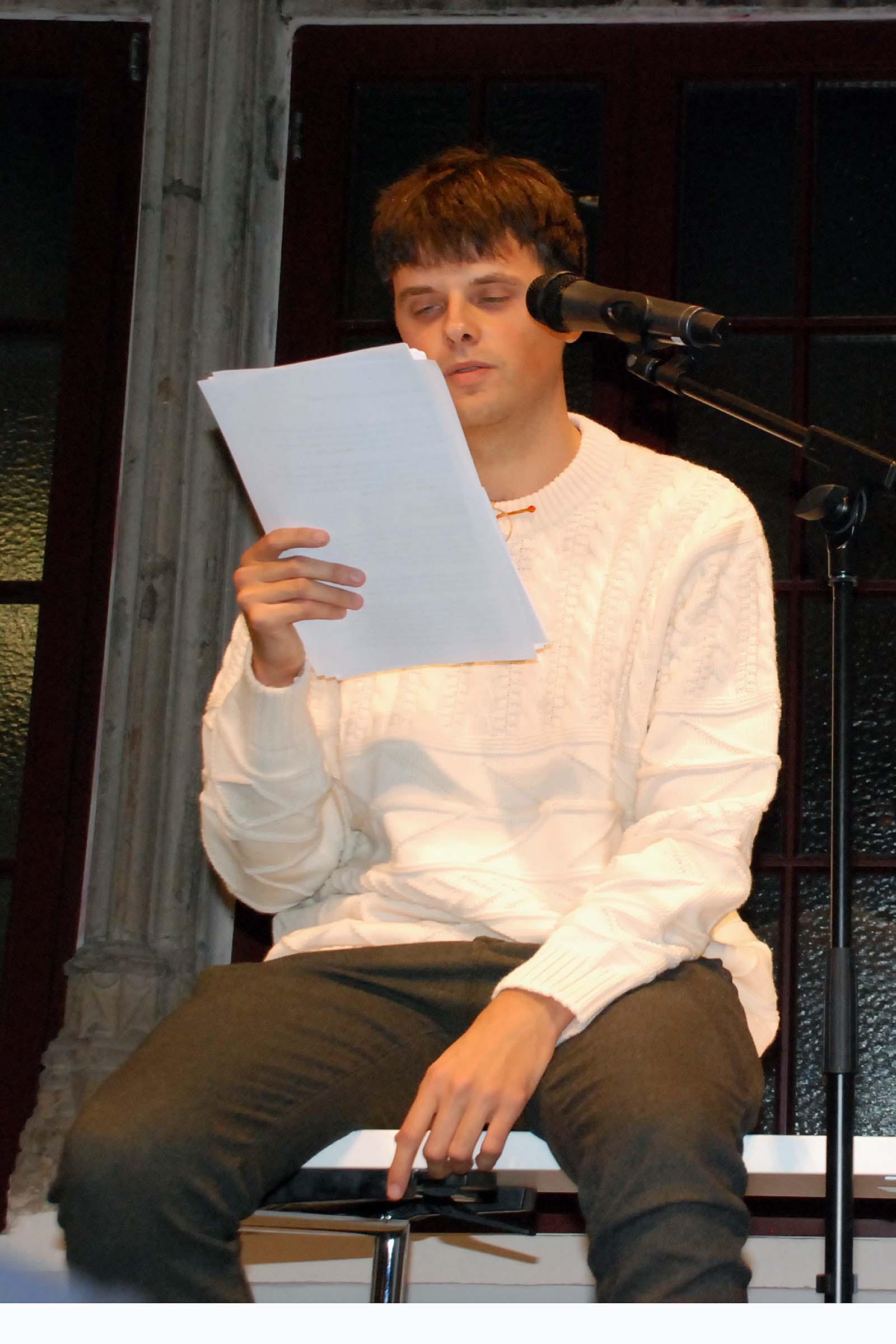 """Sebastian Polmans liest seinen """"Brief an Rolf Dieter"""""""