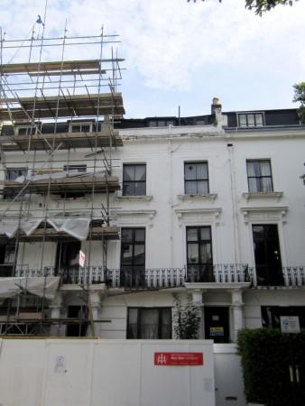 Das ehemalige Rhine Hotel in der Hereford Rd 48 (Haus ohne Gerüst)