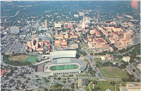 Austin_Aerial view of the University of Texas campus